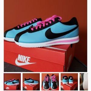 Nike Cortez size 10 men